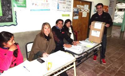 Fernández: Presentaron las listas de candidatos a concejales