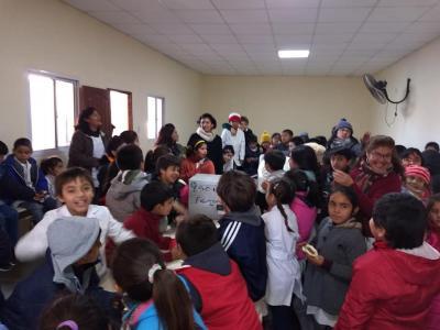 Realizaron la entrega de mobiliario para la Escuela N°71 de La Cañada