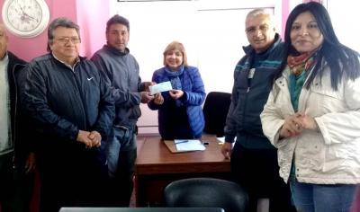 El municipio entregó aportes por cien mil pesos al Club Independiente