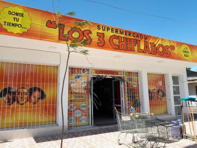 Los 3 Chiflados: una familia que apuesta al crecimiento de Fernández