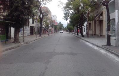Feriado: La actividad comercial en santiago será nula el lunes