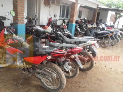 Colonia El Simbolar: retienen 32 motos en infracción