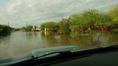 Millonarias pérdidas en Colonia El Simbolar por las inundaciones