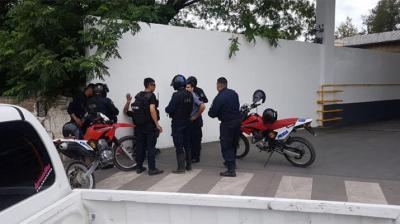 Tras un operativo en Fernández, la policía logró el secuestró de drogas, celulares y dinero