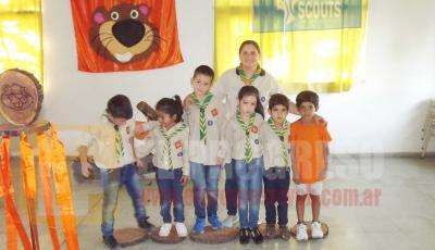 Niños  Scouts de Fernández realizaron la Promesa del Castor