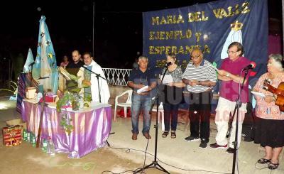 En Fernández los fieles creyentes expresaron su devoción a la Virgen del Valle