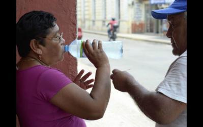 La importancia de la hidratación para evitar golpes de calor
