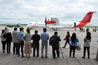 Se realizó el primer vuelo de aerolíneas Avianca a Termas