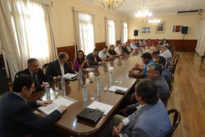 El Gobernador se reunió con comisionados municipales