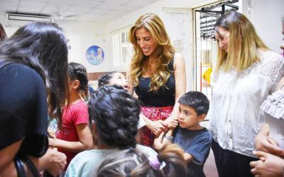 "La Dra. Claudia de Zamora visitó al Hogar Escuela ""Eva Perón"""