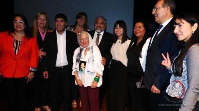 Diputados provinciales entregaron reconocimiento a Nora Cortiñas