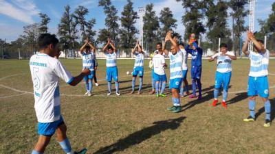 Defensores de Forres goleó a Villa Unión