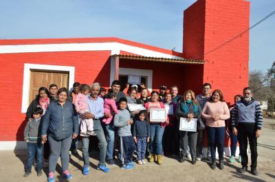Familias santiagueñas reciben a diario soluciones habitacionales a pesar de la crisis