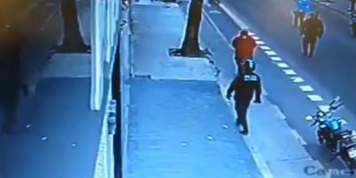 Salvajismo: policía mató a un hombre de una patada en el pecho