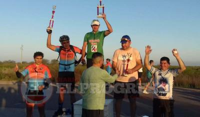 Toro Moyano salió campeón en Añatuya y se lo dedicó a su madre